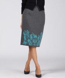 Viaggio Blu/ボタニーウール刺繍スカート/502724068