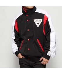 GUESS/ゲス GUESS REBEL TRIANGLE LOGO WINDBREAKER (JET BLACK MULTI)/502803461