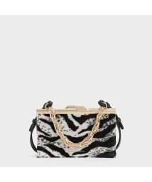 CHARLES & KEITH/ボクシー チャンキーチェーンクラッチ / Boxy Chunky Chain Clutch (Multi)/502830870