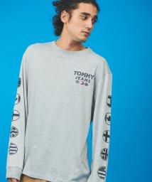 TOMMY JEANS/バブルフラッグロングスリーブTシャツ/502927243