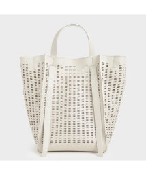 CHARLES & KEITH/【再入荷】クロックエフェクト ラージトートバッグ / Croc-Effect Large Tote bag (Cream)/502895319