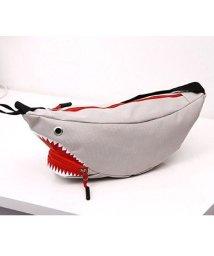 maison de LATIR/サメの形がユニークで可愛らしいウエストポーチ/503025852