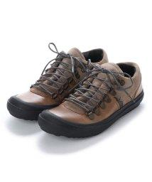 EU Comfort Shoes/ヨーロッパコンフォートシューズ EU Comfort Shoes FLYLONDON スニーカー(601.221) (ベージュ)/503060077