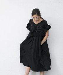 smeralda/ウエストシャーリングフリルスリーブドレス/503050019