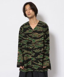 BEAVER/SOUTH2 WEST8/サウスツーウエストエイト V Neck Army Shirt-printed Flannel シャツ/503139935