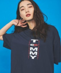 TOMMY JEANS/バックロゴTシャツ/503157707