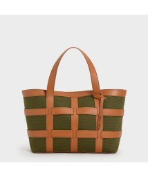 CHARLES & KEITH/ラージケージド キャンバストートバッグ / Large Caged Canvas Tote Bag (Olive)/503215467