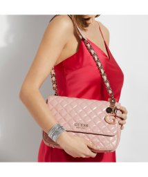GUESS/ゲス GUESS MELISE Patent Quilted Shoulder Bag (ROSE)/503221413