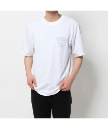 GUESS/ゲス GUESS EMBROIDERY TRIANGLE LOGO TEE (WHITE)/503221624