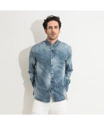 GUESS/ゲス GUESS Clyde Regular Fit Stripe Denim Shirt (PORTROYAL)/503221656