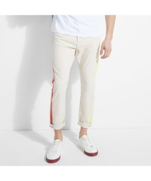 GUESS/ゲス GUESS Color Tape Tapered Crop Denim Pant (BEIGE POP)/503221691