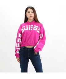 GUESS/ゲス GUESS Amber Curved Logo Half-Zip Pullover Sweat (ELECTRIC FUSCHIA)/503221844