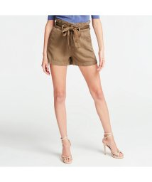 GUESS/ゲス GUESS Jayne Belted Relaxed-Fit Short (ADVENTURE GREEN)/503221955