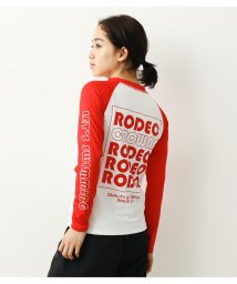 RODEO CROWNS WIDE BOWL/ACTIVE RASH GUARD/503252651