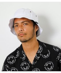 AZUL by moussy/NEWHATTAN×AZUL BUCKET HAT/503319610