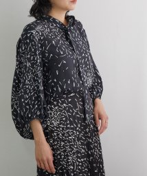 ROPE' mademoiselle/【near nippon】【セットアップ対応】モノトーン柄ボウタイネックブラウス/503323779
