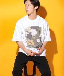 URBAN RESEARCH OUTLET/【WAREHOUSE】フラワーアートプリント半袖Tシャツ/503353993