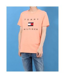 TOMMY HILFIGER/トミーヒルフィガー TOMMY HILFIGER フラッグロゴ プリント Tシャツ (ピンク)/503394991