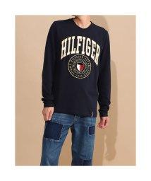 TOMMY HILFIGER/トミーヒルフィガー TOMMY HILFIGER シールドロゴ ロングスリーブ Tシャツ (ネイビー)/503417839