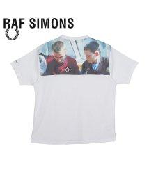 FRED PERRY/フレッドペリー ラフシモンズ FRED PERRY RAF SIMONS Tシャツ 半袖 メンズ コラボ PRINT YOKE T-SHIRT ホワイト 白 S/503365310