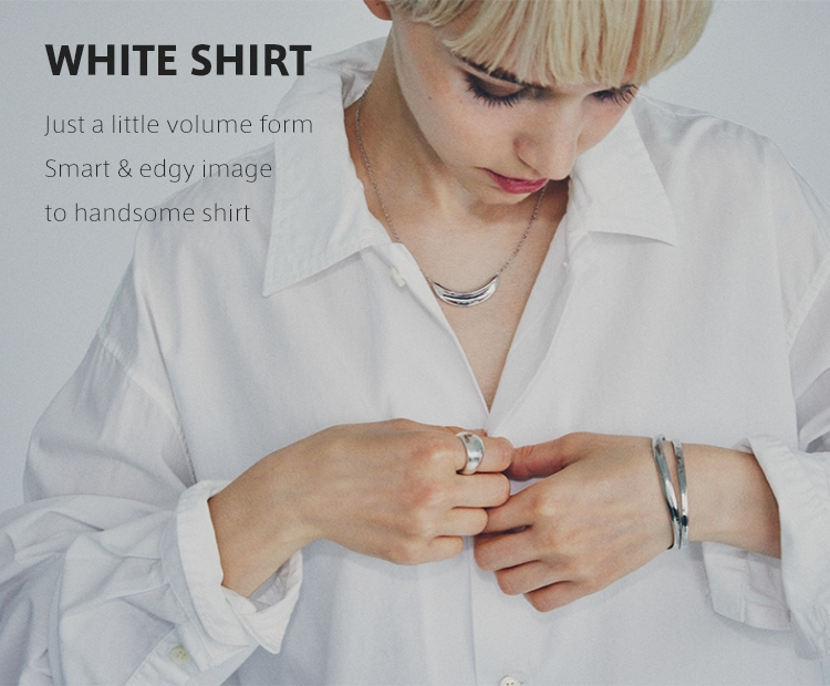 WHITE SHIRT Just a little volume form Smart & edgy image to handsome shirt